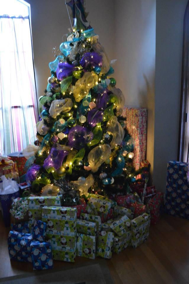 xmas - the tree on Christmas Morning