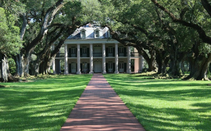 The Lovely Oak Alley Plantation