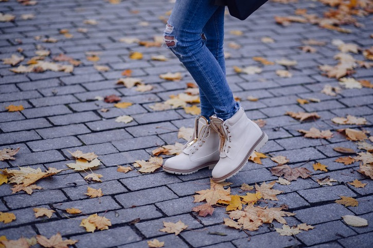 Feel Fabulous: Step Into Fall In Style