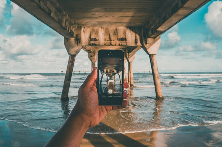 Everything You Need To Know About Taking Vacation Photos In 2017