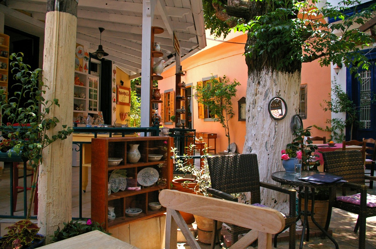 Villa Vibes - Tips On Giving Your Home That Mediterranean Feel