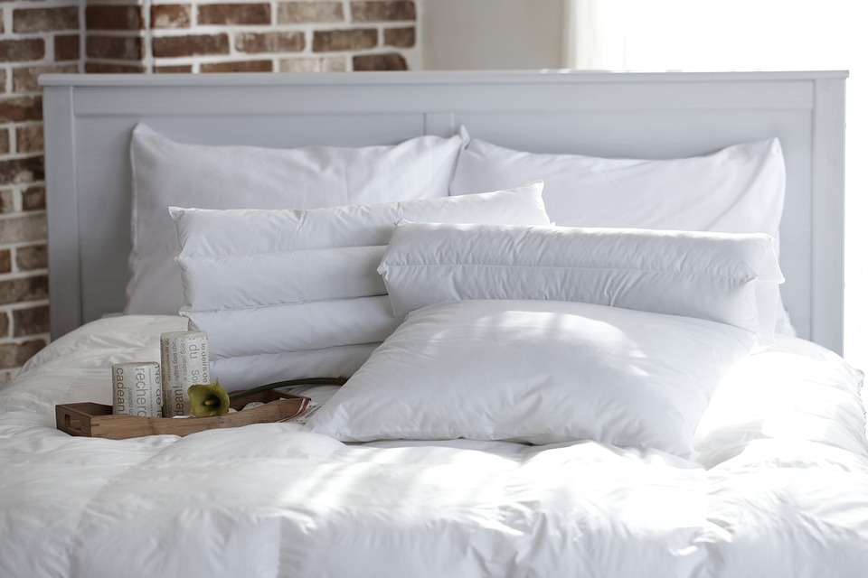 7 Things That You Need In Your Bedroom