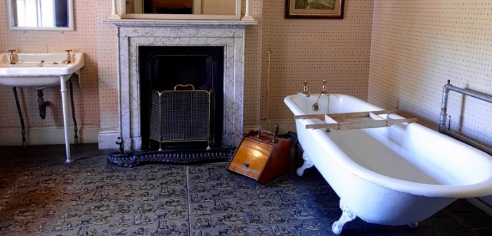 Cast Iron Baths Offer Elegance for Your Bathroom
