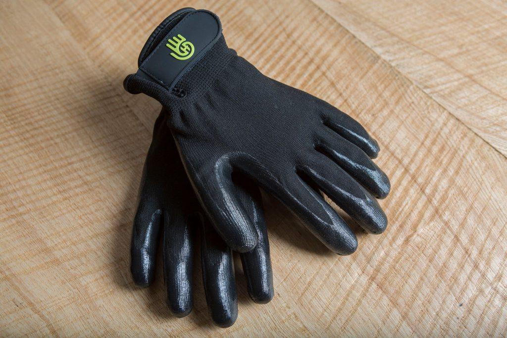 HandsOn Gloves for Enjoyable Pet Grooming