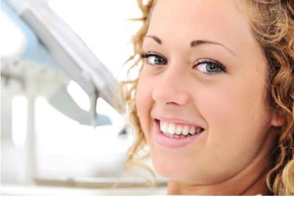 The Undeniable Benefits of Teeth Whitening