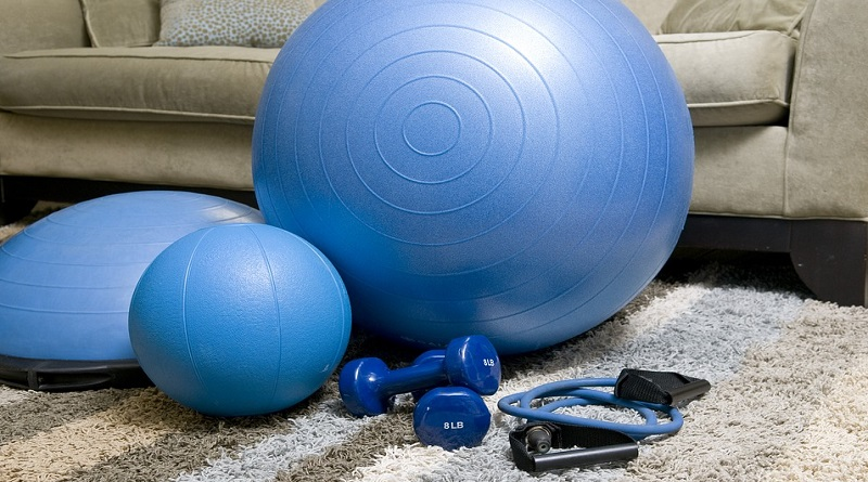 Blue Fitness Balls,and other Home Fitness Items - 10 Tips To Build A Perfect Home Gym Without Spending A Fortune