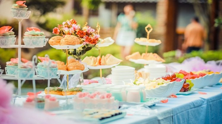 Pastel Colored Party Table - 7 Tips For Making Your Own Party Invitations