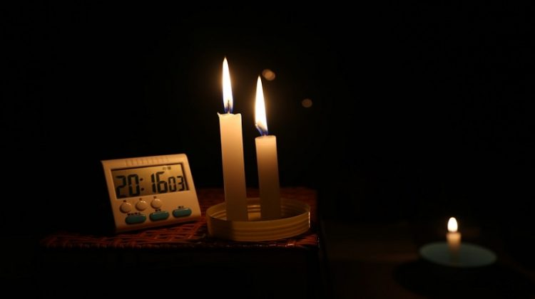 Clock and Lit Candles - Generator