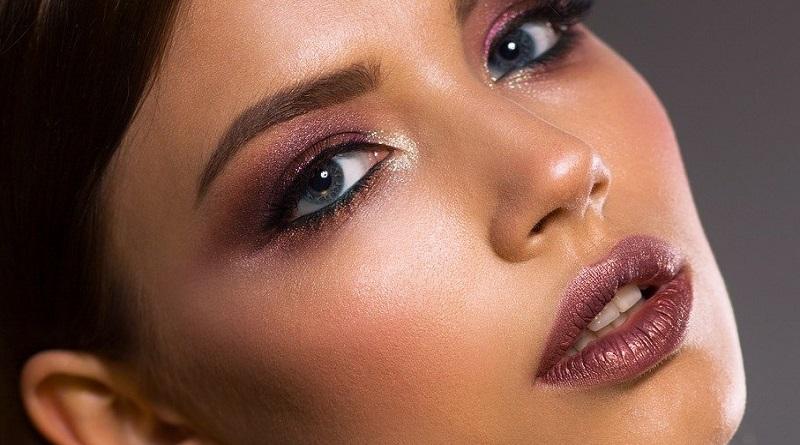 Beautiful Woman - Polished Style