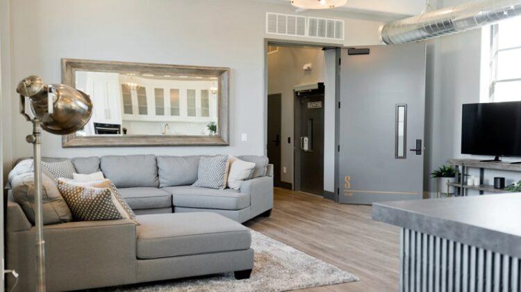 Calm Neutral Living Room - Little Luxuries