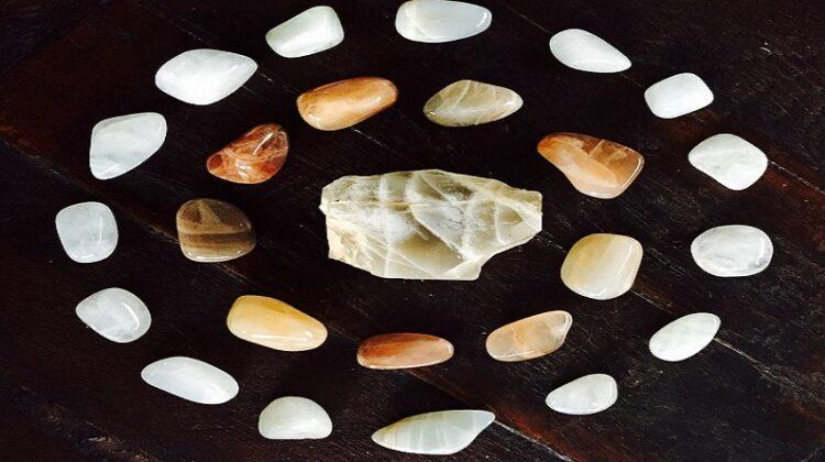 Moonstones - Moonstone Jewelry