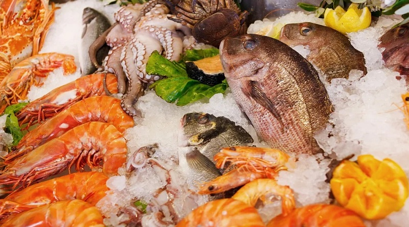 Fresh seafood on ice - Make Meals More Exciting with Seafood