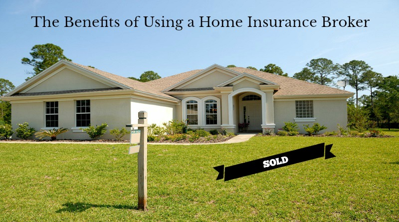 Home with a for sale sign in the front yard - The Benefits of Using a Home Insurance Broker