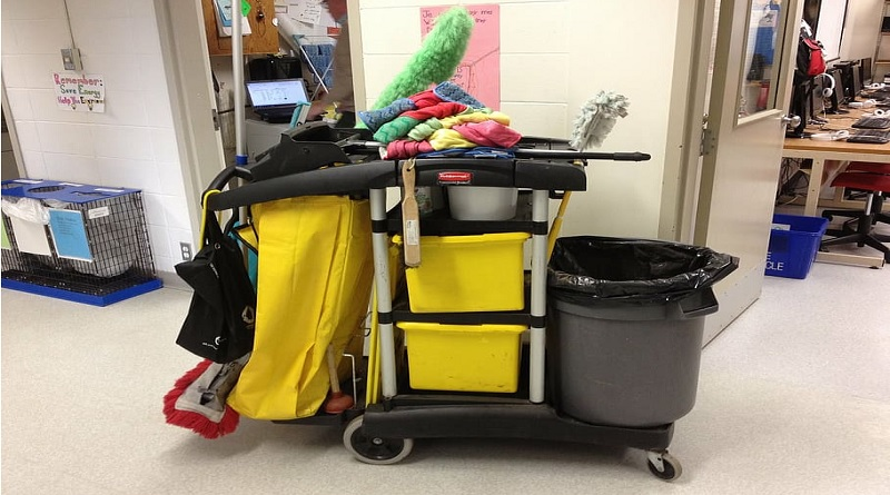 Cleaning Cart and Cleaning Supplies - Commercial Cleaning Services
