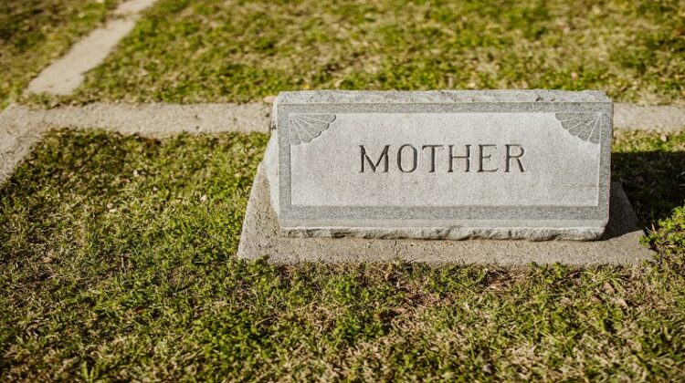 Grave Marker that says mother