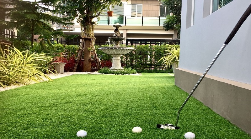 Artificial grass for Putting