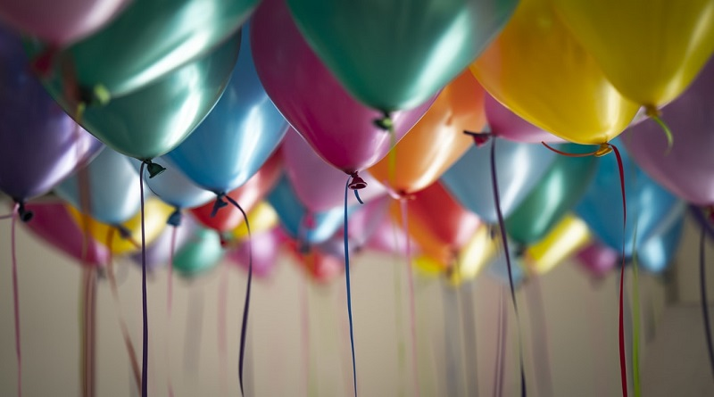 Lots of helium part balloons Family Party Ideas