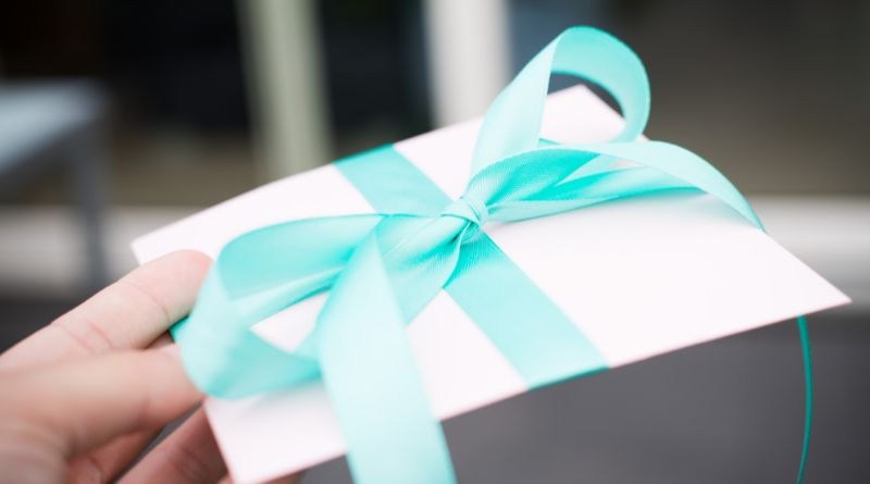 Personalized Gift Ideas Gift in white box with simple teal bow