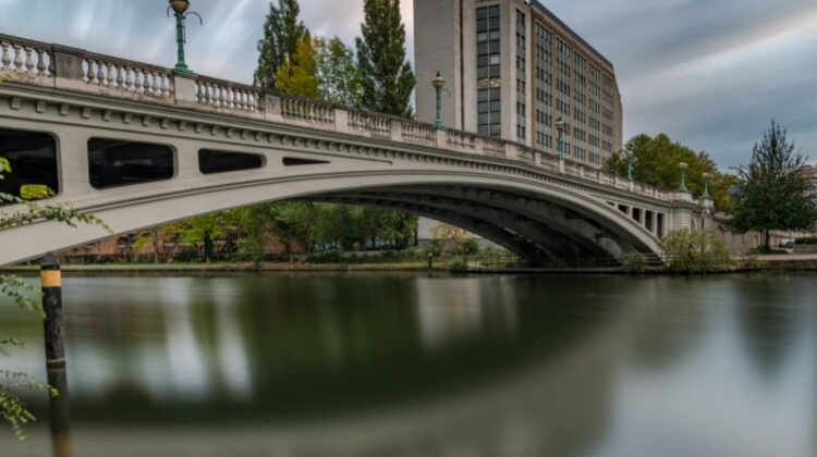 Travel to Reading as a Student Reading Bridge in Reading, Berkshire, England